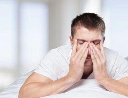 Probleme beim Einschlafen wegen Schlafapnoe
