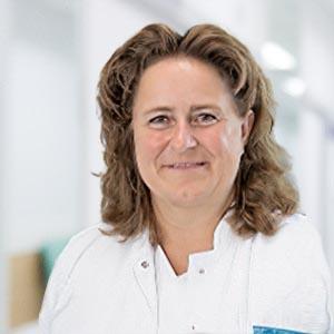Dr. Nicola Muth - Schlafmedizin