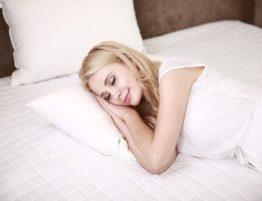 Seitenlage bei Schlafapnoe