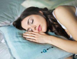 Was passiert im Schlaflabor
